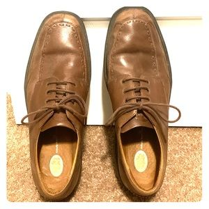 Brown Dr. Comfort loafers